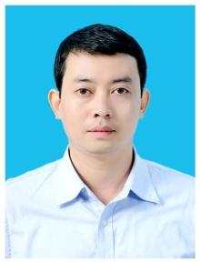 Ông: Nguyễn Anh Quân