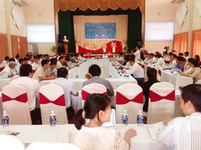 """Sở NN&PTNT Đồng Tháp tổ chức hội thảo """"Định hướng và giải pháp phát triển nuôi tôm càng xanh"""""""