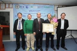 VinaCert vinh dự đón nhận Bằng khen của Bộ trưởng Bộ Nông nghiệp và Phát triển nông thôn