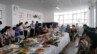 VinaCert mở tiệc buffet chào mừng ngày phụ nữ Việt Nam 20/10