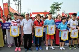 VinaCert đạt giải Ba đồng đội nữ tại Giải chạy Báo Hà Nội Mới quận Hoàng Mai năm 2017
